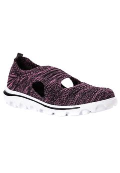 TravelActiv Avid Slip-On by Prophet,