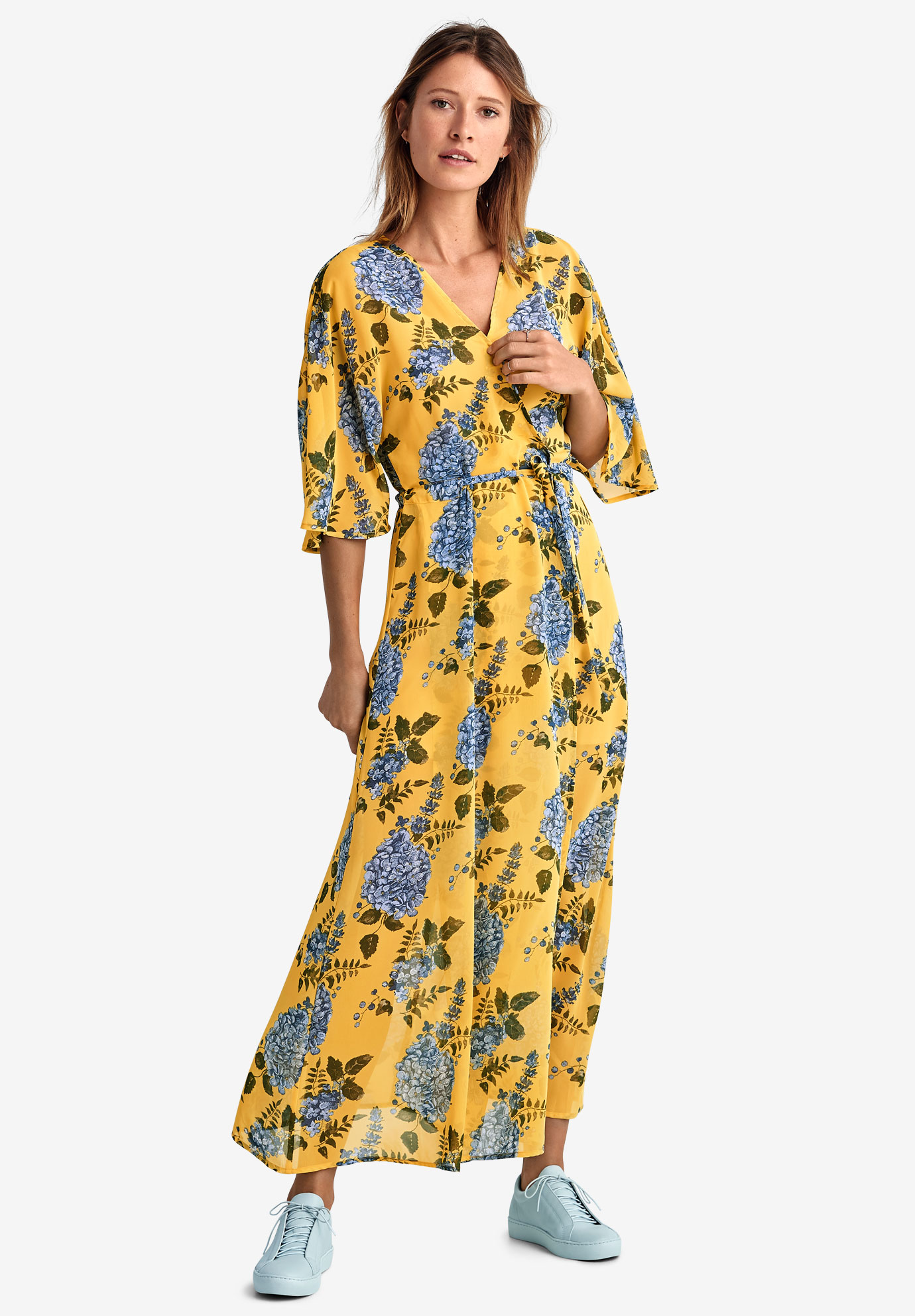 Tie-Front Floral Wrap Dress,